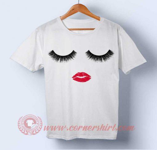 Eyelashes and Lips T-shirt
