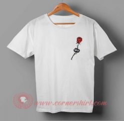 Red Rose black Thorn T-shirt