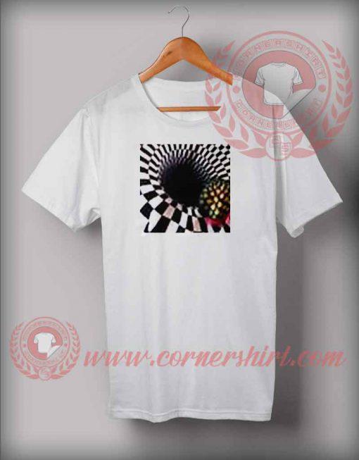 Optical Illusion T shirt